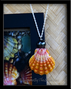 Hawaiian Sunrise Shell & Black Tahitian Pearl Silver Necklace