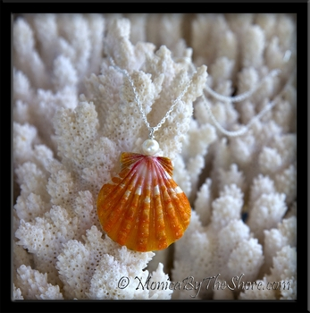 Big Bright Orange Hawaiian Sunrise Shell Cultured Pearl Pendant Necklace