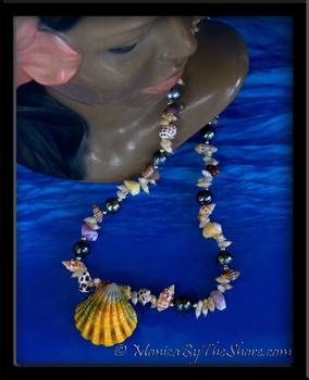 Exotic Tahitian Black Pearl Hawaiian Sunrise Shell & Seashells Lei Necklace