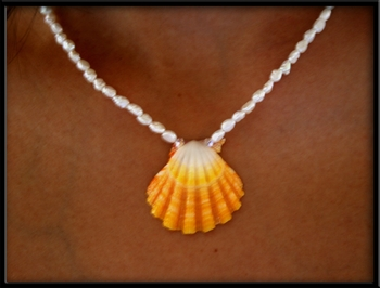 Perfect White Yellow Sunrise Shell Bridal Necklace
