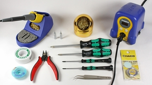 Hakko FX888D Soldering Bench Kit