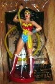 Wonder Woman: AUSTRALIA Premium Figure