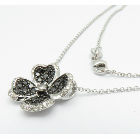 14K SOLID WHITE GOLD BLACK AND WHITE CLOVER PENDANT NECKLACE