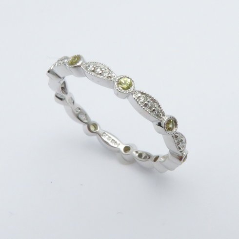 14K WHITE GOLD DIAMOND AND YELLOW SAPPHIRE ETERNITY BAND RING SIZE 7