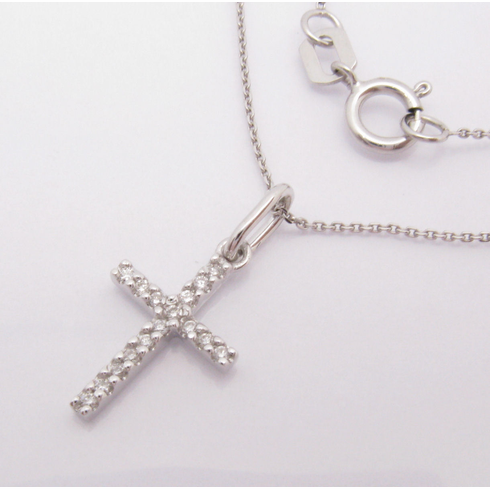 14K WHITE GOLD SMALL DIAMOND CROSS NECKLACE.  VS2-SI1 .06CT