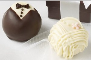 Bride & Groom Fudge Love® Truffles - 42pc (1.5oz)
