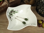 Wavy Olive Dish & Forks Wedding Favor