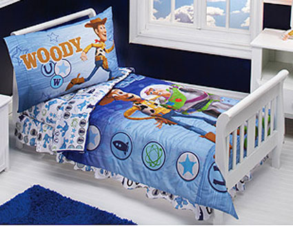 Toy Story Buzz And Woody Toddler Bedding 4 Pc Set