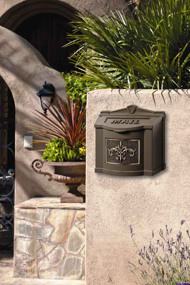 Gaines Wall Mount  Mailbox Bronze