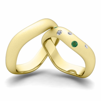 Matching Wedding Band in 18k Gold Curved Diamond and Emerald Wedding Ring