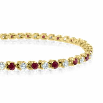 Diamond and Ruby Bracelet in 18k Yellow Gold Bracelet G, SI1, 4.25 cttw 7 inches