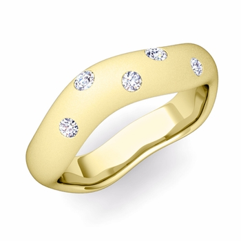 Curved Diamond Wedding Ring in 18k Gold, Satin Finish, 5mm