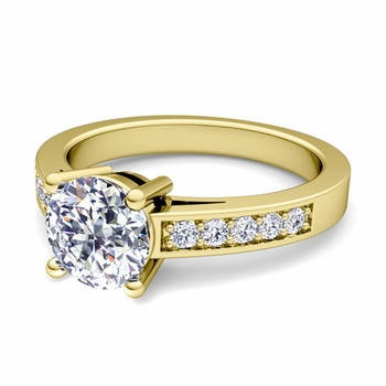 Pave Diamond and Solitaire Engagement Ring in 18k Gold