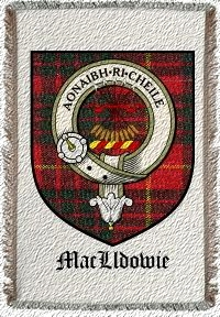 Maclldowie Clan Badge Throw Blanket