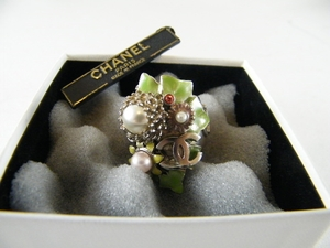 Gorgeous! Authentic Chanel Pearl Silver Ring (Clearance) (SOLD!)