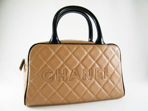 Authentic Chanel Beige Diamond Quilted Caviar Leather Handbag Bowling Bag Purse (SOLD OUT)