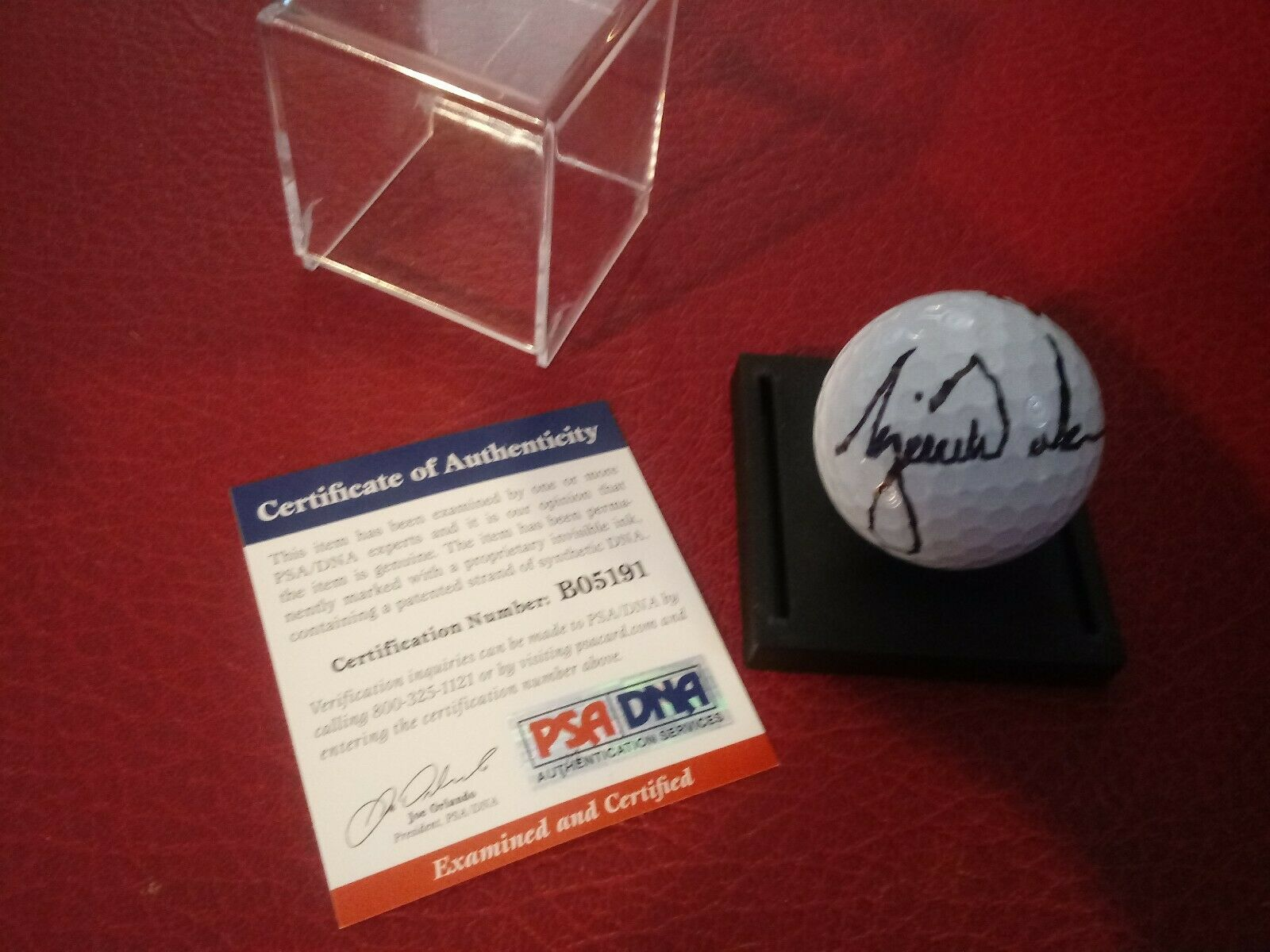 Fake Tiger Woods Golf Ball with Fake PSA/DNA Authentication