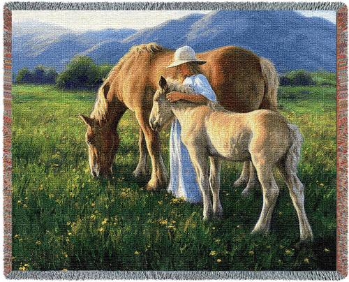 Beautiful Blondes Tapestry Throw, 70in x 54in