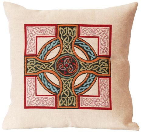Triskel Celtic Design Tapestry Cushion Cover - Classic Home Decor Collection, 18in x 18in cushion cover