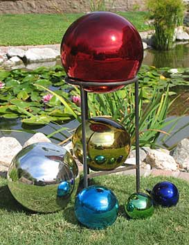 Charmant Garden Decor And Interior Displays With Glass Gazing Balls