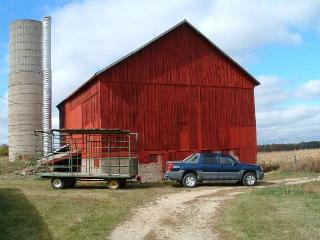 Red Barn painted with 9140