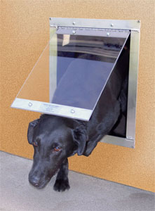 Superior As Your Dog Goes In Or Out Through The Gun Dog House Doors Easy Pet Door,  The Inner Panel Swings Freely On Itu0027s Hinge To Allow Easy Access.