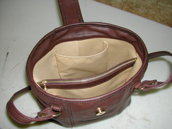Pigskin Lining Option Adds 22 50 Shown With Optional Strap Closure Who S Turn Is It To Show Us The Diana