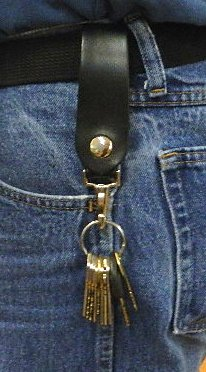Belt loop keyring holder