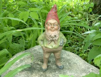 Garden Gnomes History by Kimmel Gnomes - Gnomes were, and still are, considered to be more then decorations. It is good luck to place a Gnome in the home and garden.