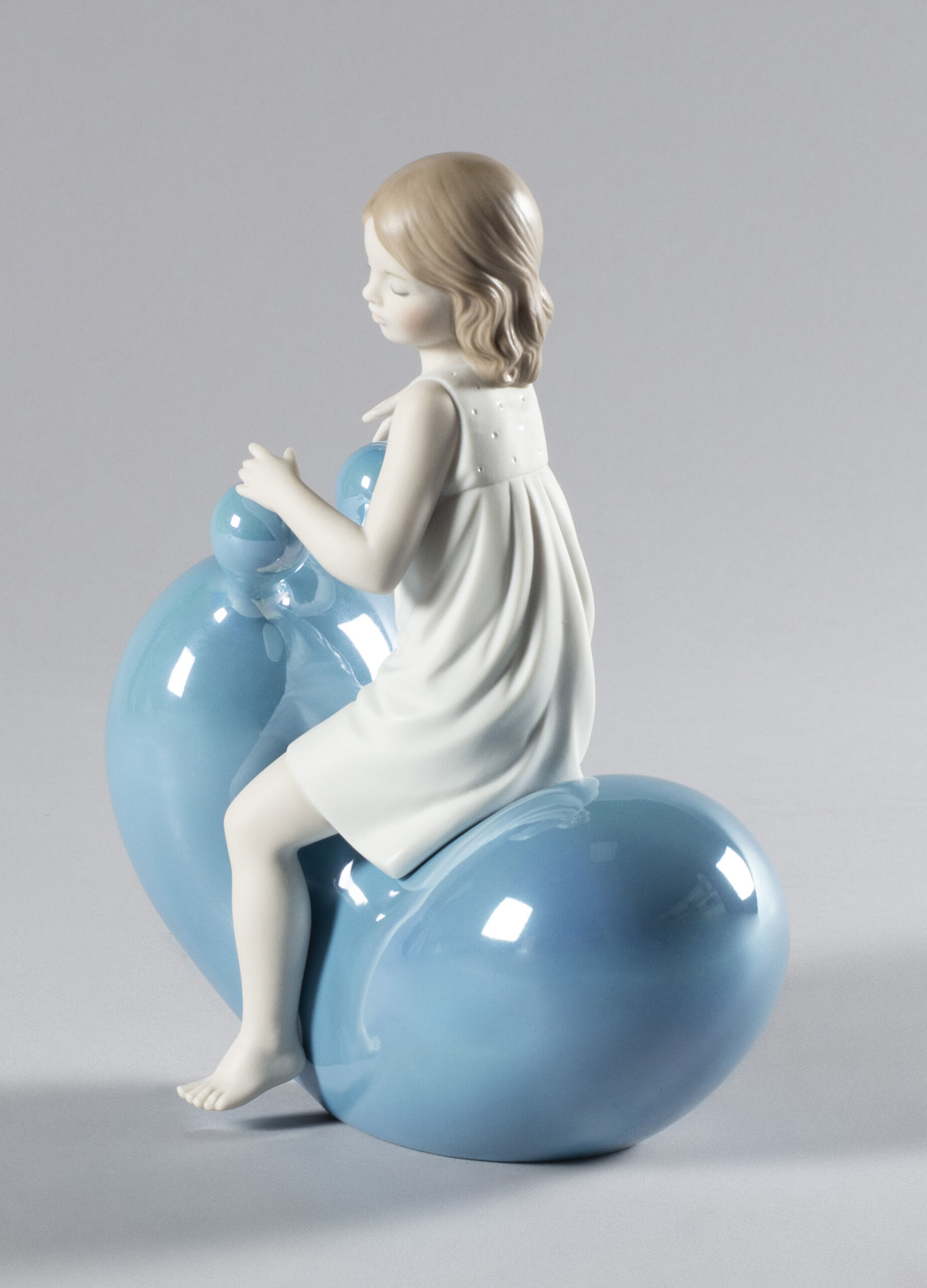 Lladro My Seesaw Balloon Girl Blue