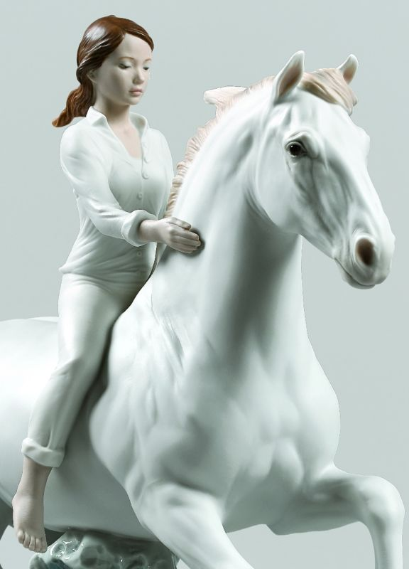 Lladro Riding her horse on the seashore