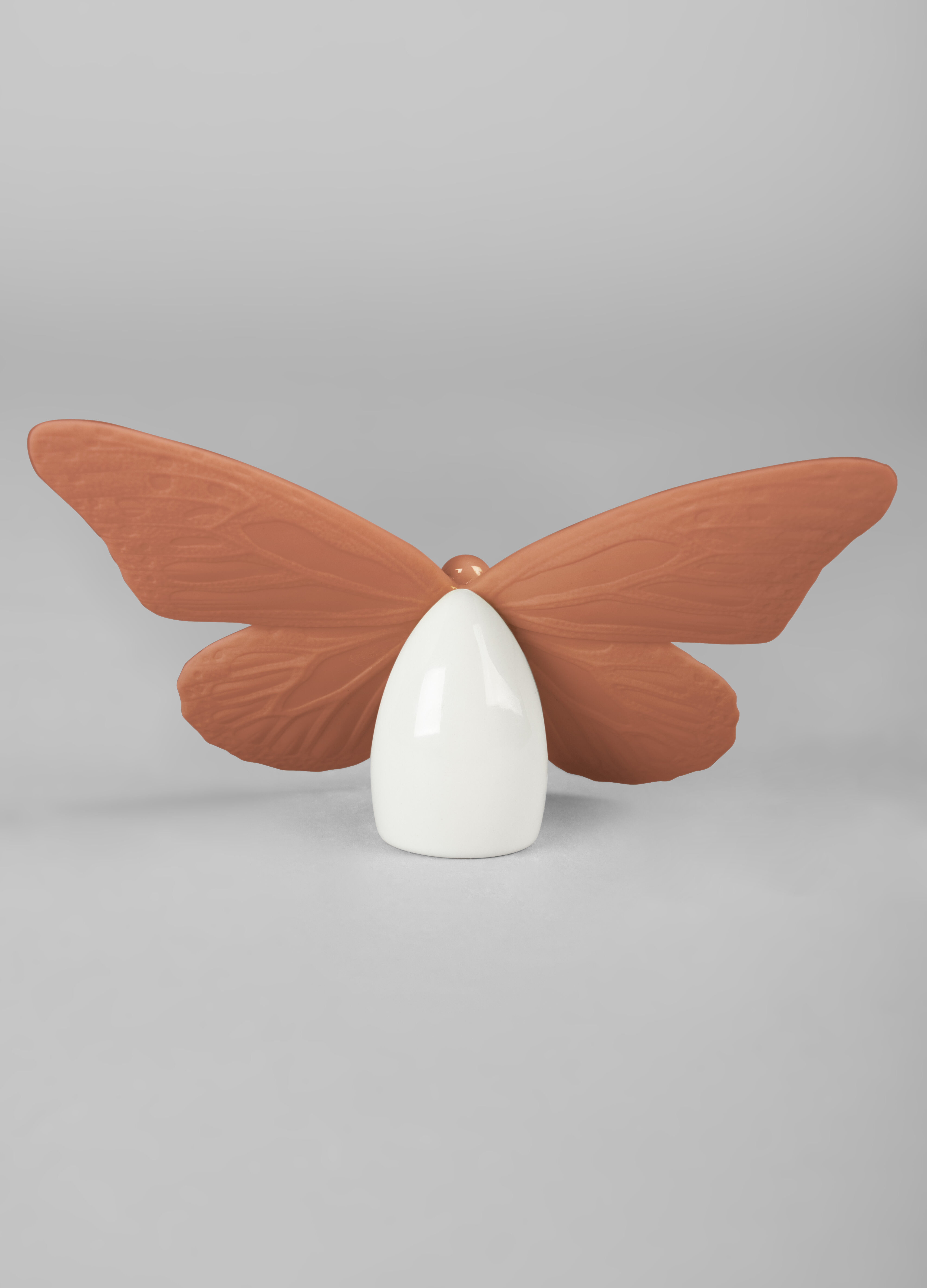 Lladro Butterfly Golden Luster & Coral