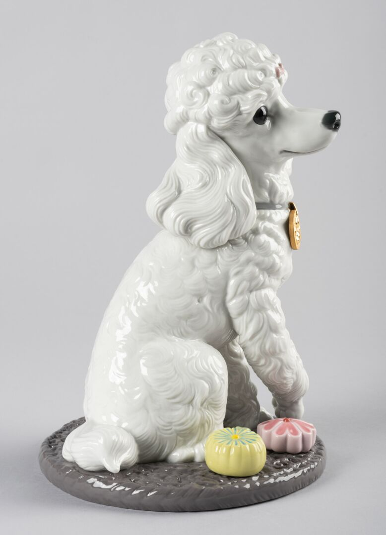 Lladro Poodle with Mochis Dog