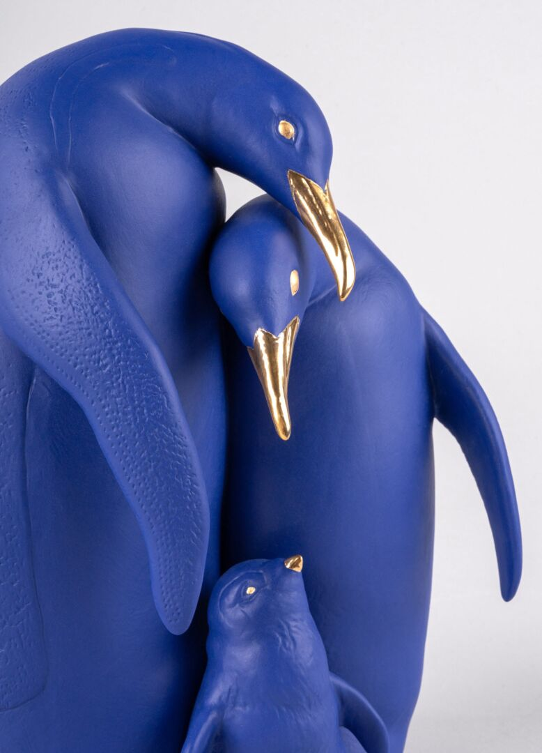 Lladro Penguin family Blue and Gold