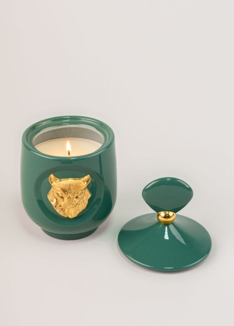 Lladro Lynx candle Luxurious animals. Redwood fire Scent