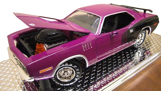 Hemi Cuda Die-Cast Model (Plum)