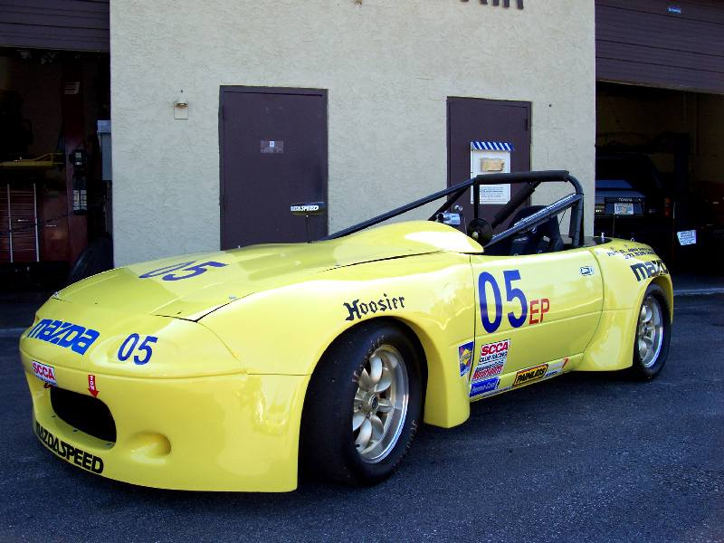 E-Production Mazda Miata equipped with Sidemount Racing Seat