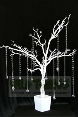 Some Of Our Clients Like To Drape The Trees With Clear Acrylic Strands Beads Attached One Another Jump Rings As Shown Below