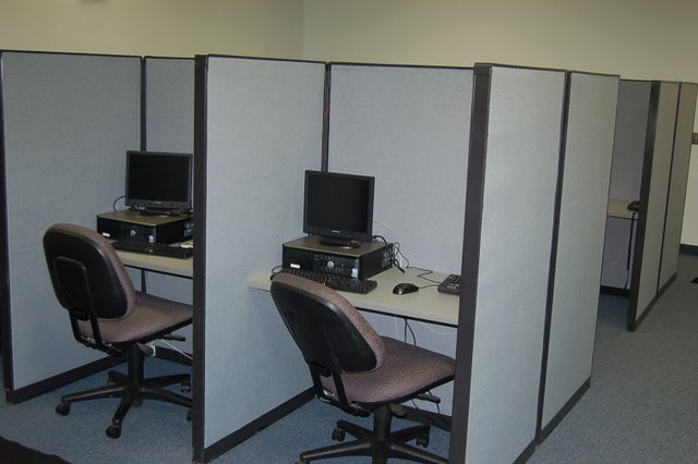Steelcase 9000 Call Center Cubicles