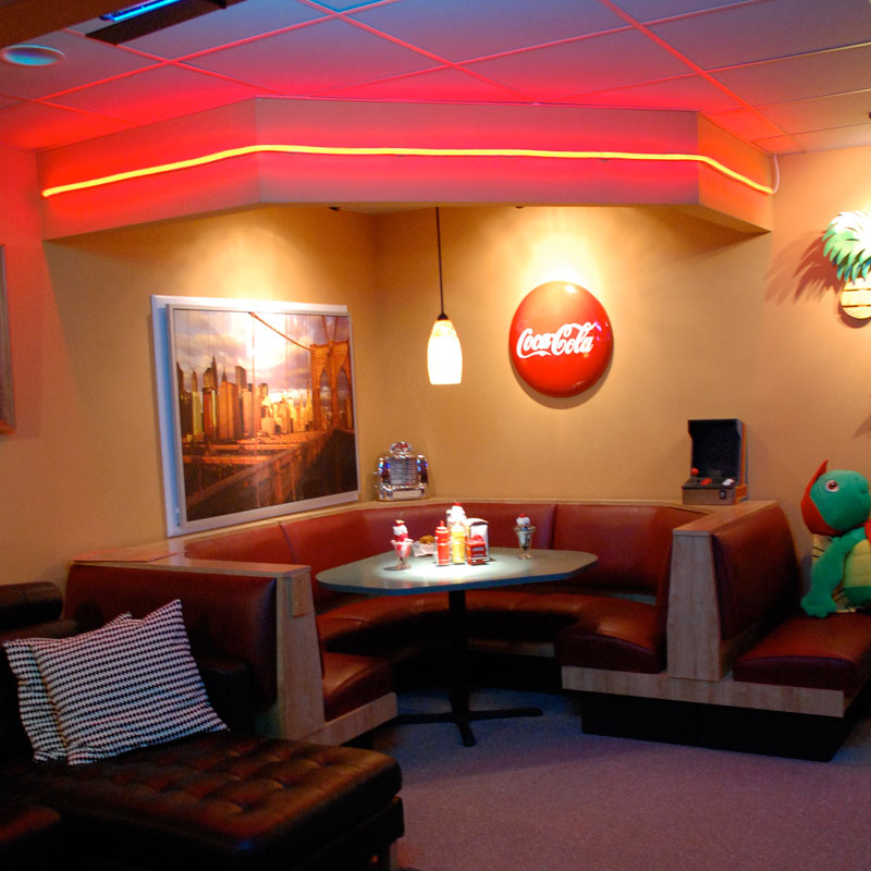Basement Diner Accent Lighting