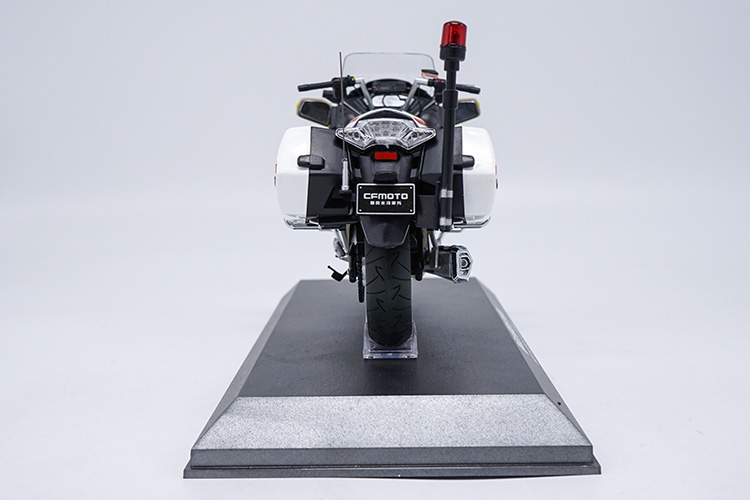 1/10 CFMOTO CF650C G20 ESCORT Motorcycle of State Guest Rare Mini Motorbike 650TR CF Moto Alloy Toy Car, Diecast Scale Model Car, Collectible Model Car, Miniature Collection Die-cast Toy Vehicles Gifts