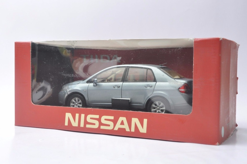 1:18 Diecast Model for Nissan Tiida Versa 2008 Sedan Rare Alloy Toy Car Miniature Collection Gift Pulsar (Alloy Toy Car, Diecast Scale Model Car, Collectible Model Car, Miniature Collection Die-cast Toy Vehicles Gifts)