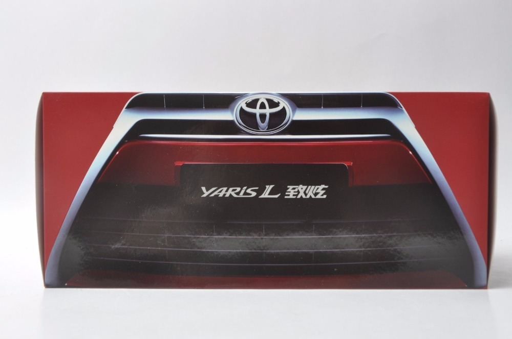1:18 Diecast Model for Toyota Yaris L Silver Alloy Toy Car Miniature Collection Gifts (Alloy Toy Car, Diecast Scale Model Car, Collectible Model Car, Miniature Collection Die-cast Toy Vehicles Gifts)