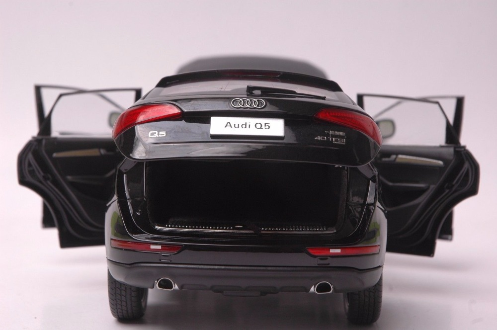 1:18 Diecast Model for Audi Q5 2013 Black SUV Alloy Toy Car Miniature Collection Gifts (Alloy Toy Car, Diecast Scale Model Car, Collectible Model Car, Miniature Collection Die-cast Toy Vehicles Gifts)