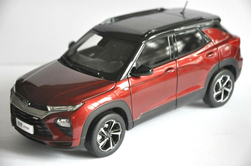 1:18 Diecast Model for Cherolet Chevy Trailblazer RS 2020 Red SUV Alloy Toy Car Miniature Collection Gifts