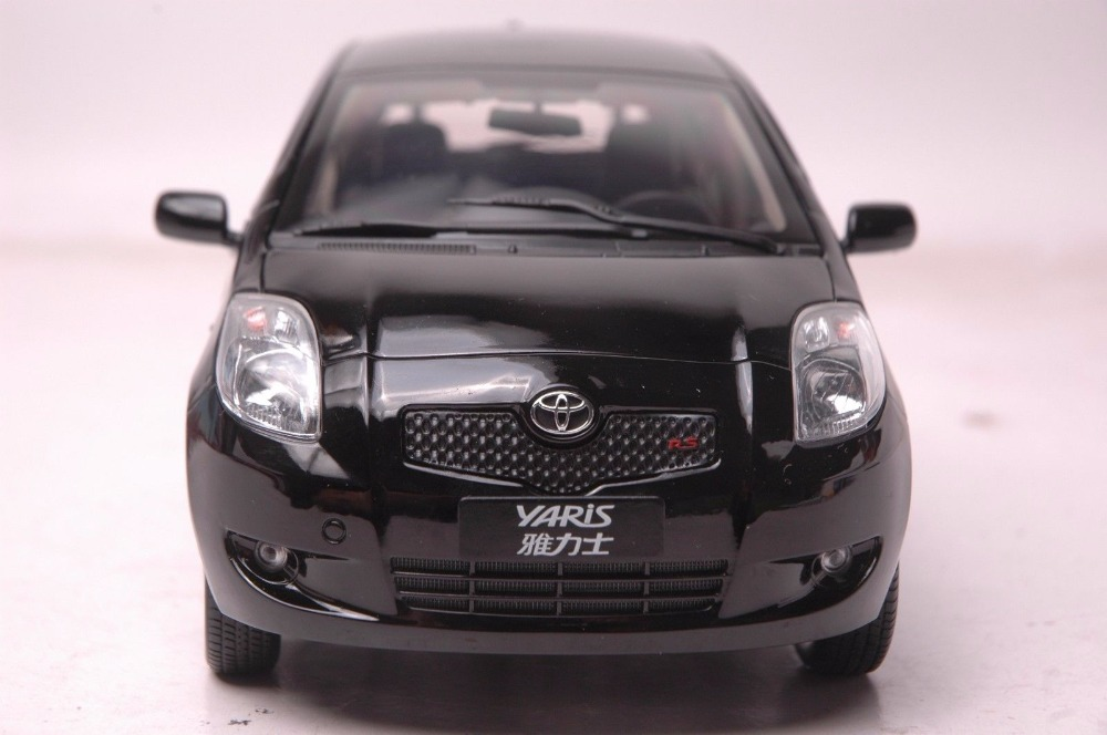 1:18 Diecast Model for Toyota Yaris 2008 Black Alloy Toy Car Miniature Collection Gifts (Alloy Toy Car, Diecast Scale Model Car, Collectible Model Car, Miniature Collection Die-cast Toy Vehicles Gifts)