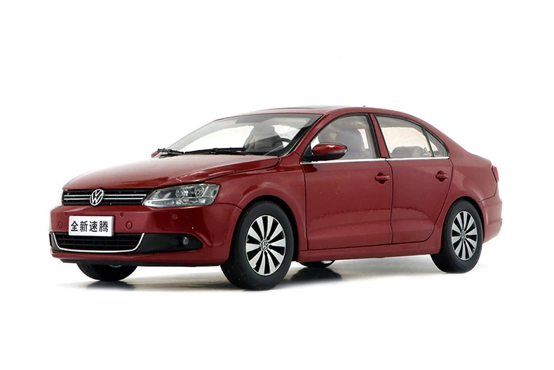 1:18 Diecast Model for Volkswagen VW Sagitar 2012 Euro Jetta MK6 Red Alloy Toy Car Miniature Collection Gifts