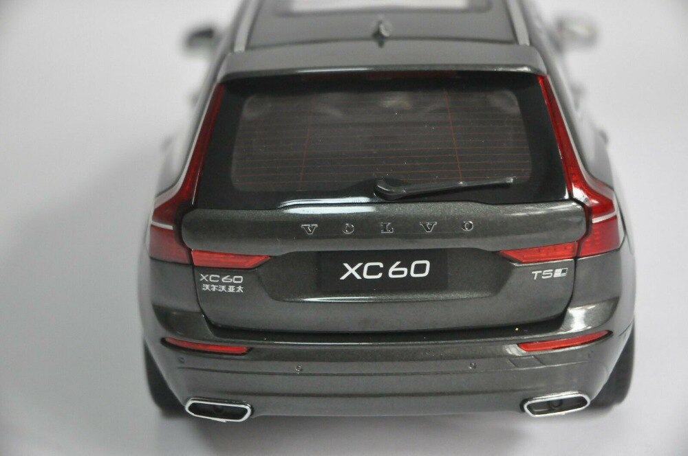 1:18 Diecast Model for Volvo XC60 XC 2018 Gray SUV Alloy Toy Car Miniature Collection Gifts XC 60