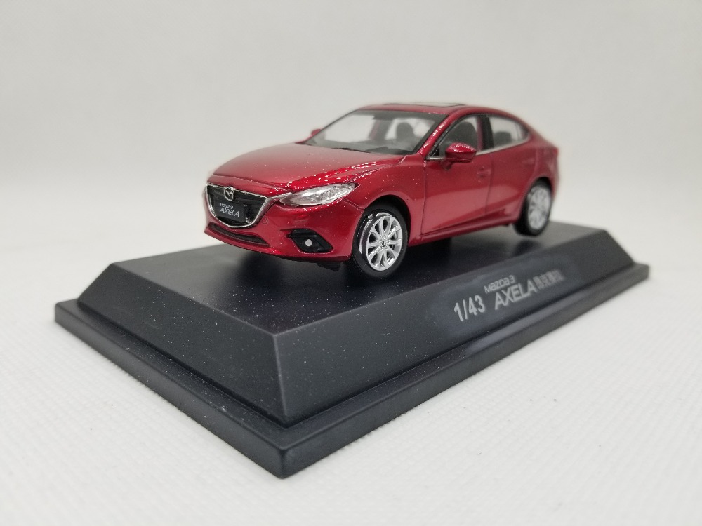 1/43 Mazda 3 Axela 2014 Red Sedan Mazda3 Alloy Toy Car, Diecast Scale Model Car, Collectible Model Car, Miniature Collection Die-cast Toy Vehicles Gifts