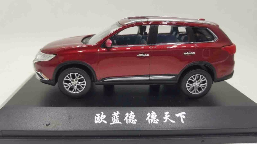 1/43 Mitsubishi Outlander 2017 Out Lander Red SUV Alloy Toy Car, Diecast Scale Model Car, Collectible Model Car, Miniature Collection Die-cast Toy Vehicles Gifts